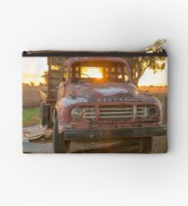 Sun Rays On The Old Bedford's Bonnet... Studio Pouch