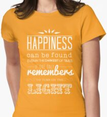 Dumbledore Quote: Happiness Can Be Found.... - Harry Potter T-Shirt