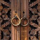 Traditional Korean Wooden Doors - Seoul by koreanrooftop