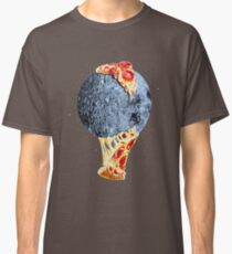 When the moon hits your eye... Classic T-Shirt