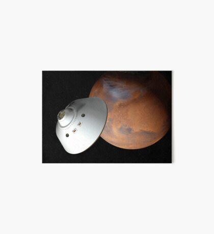 Künstlerisches Konzept eines in der Lufthülle eingeschlossenen Raumfahrzeugs nähert sich dem Mars. Galeriedruck