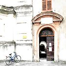 bicycle parked by Giuseppe Cocco