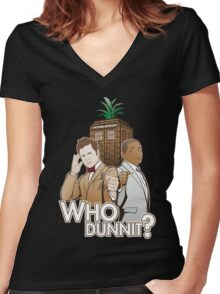 Who Dunnit? Psych Doctor Who Women's Fitted V-Neck T-Shirt