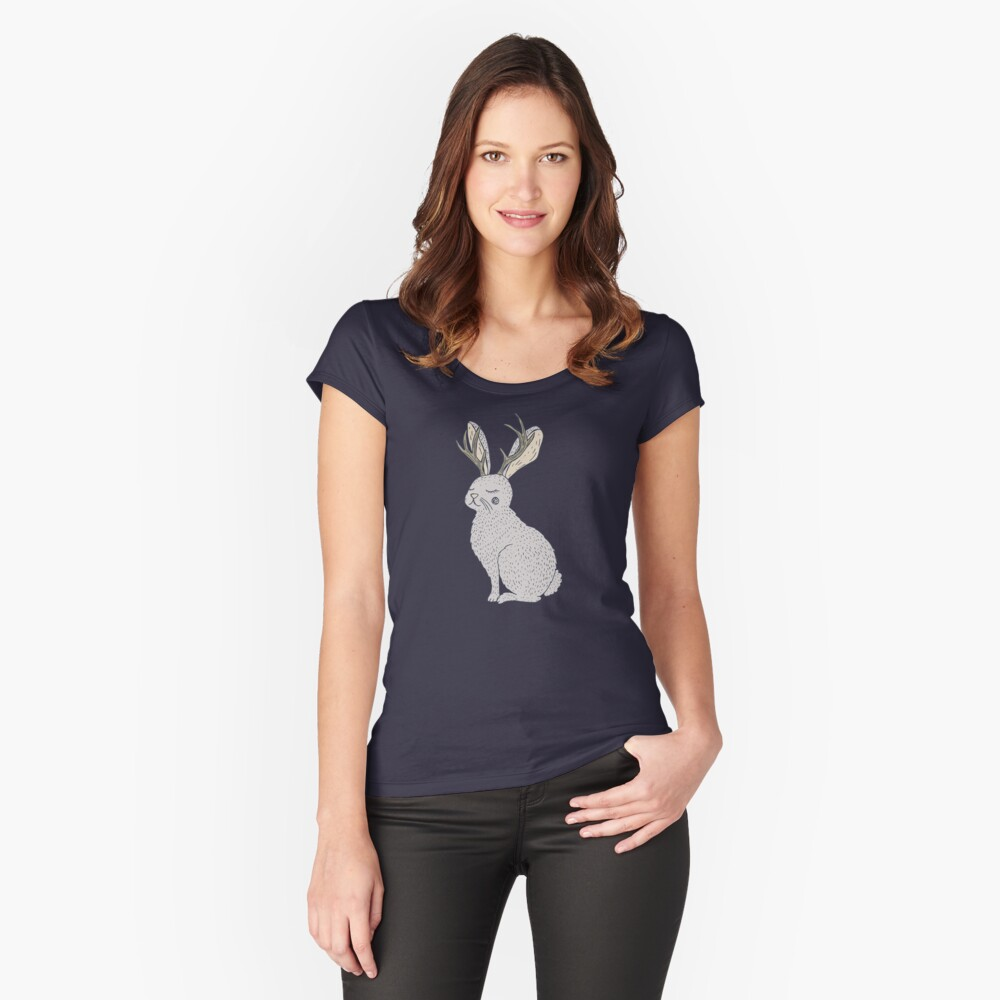 Serene Jackalope Tailliertes Rundhals-Shirt