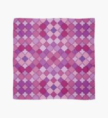 Moroccan quatrefoil pattern in different purple colors Scarf