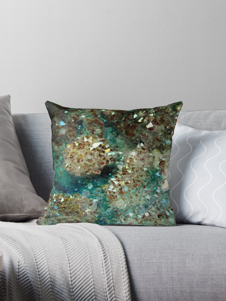 SPARKLING GOLD AND TURQUOISE CRYSTAL by colorcollective