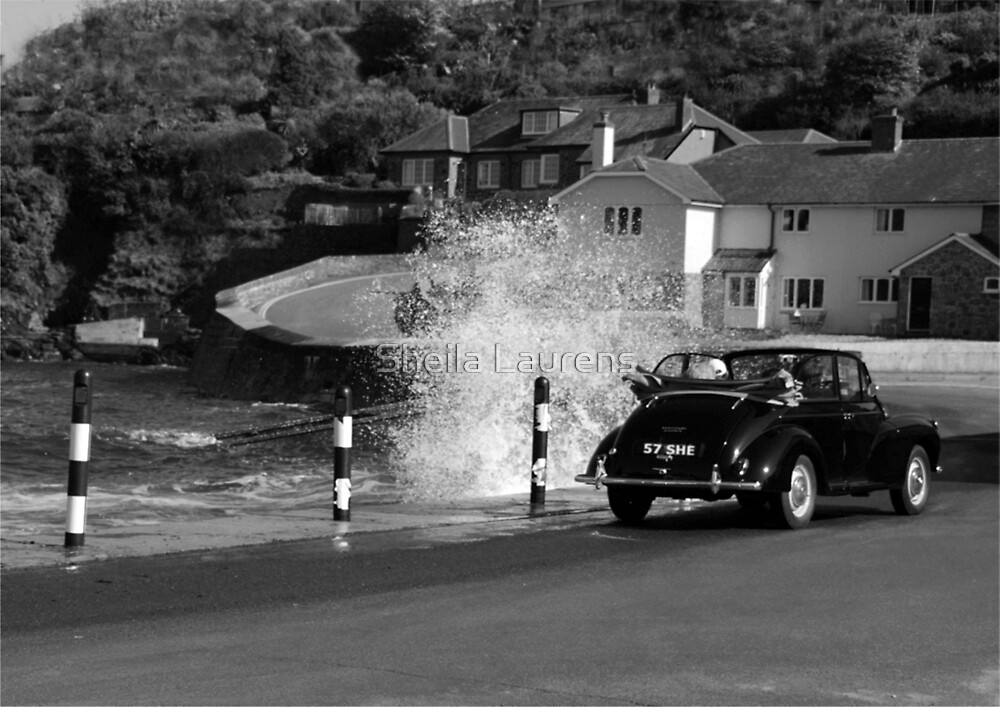 Morris Minor and the Waves !! by dunawori