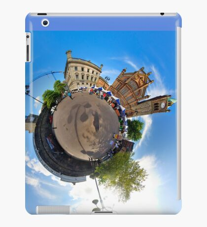 Walled City Market, Guildhall Square, Derry iPad Case/Skin