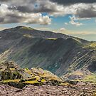 Snowdon Moutain Range by Adrian Evans