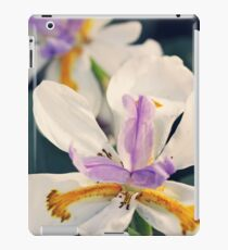 Iris Flowers iPad Case/Skin