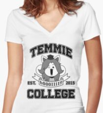 Temmie College Fitted V-Neck T-Shirt