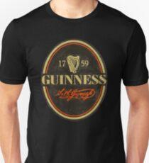 VINTAGE GUINNESS LOGO Unisex T-Shirt