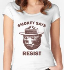 Smokey Says Resist Women's Fitted Scoop T-Shirt