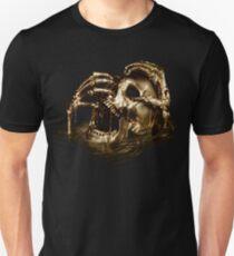 Schwarzer Segel-goldener Schädel Slim Fit T-Shirt