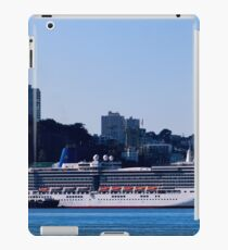 Cruise Liner In San Francisco iPad Case/Skin