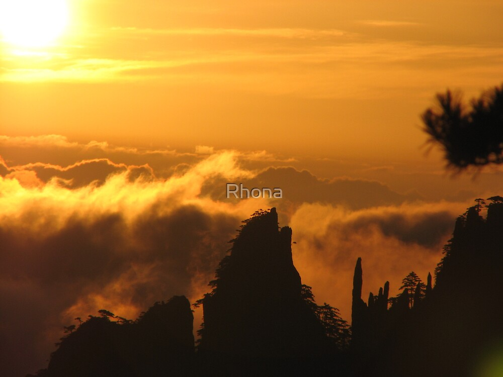 Sea of clouds by Rhona