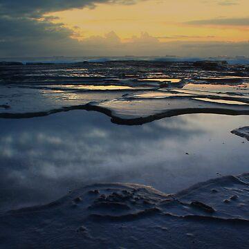 Beach Morning 7 by Snelvis