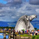 Crowds at the Kelpies by Tom Gomez