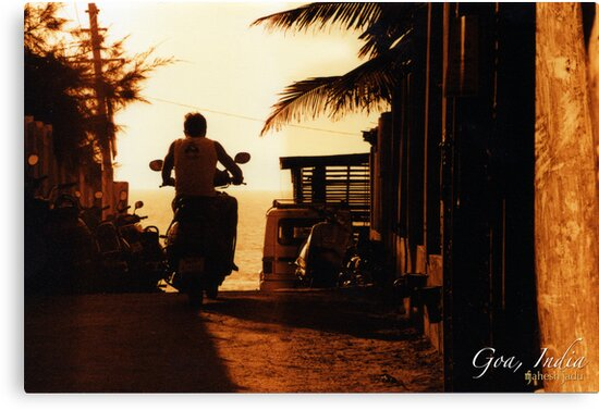 Goan Sunset by mahesh Jadu