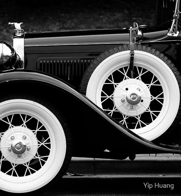 Vintage Car - Circa 1930s by Yip Huang
