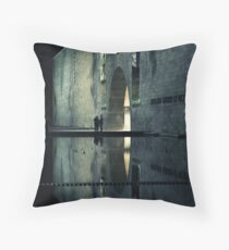 Portal reflection Throw Pillow