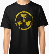 Nuclear smile : ) Classic T-Shirt