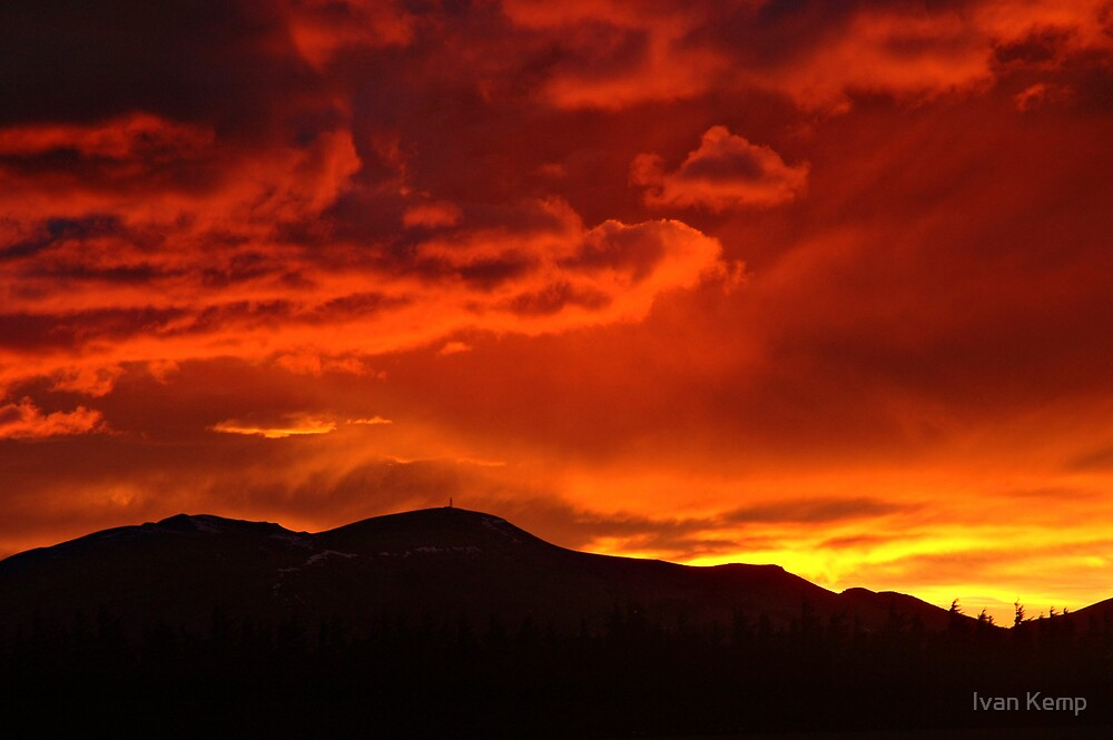 The Fire in the Sky by Ivan Kemp
