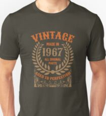 Vintage Made In 1967 Distressed Birthday Gift Unisex T-Shirt