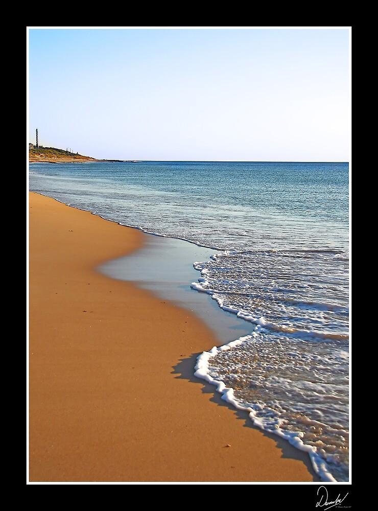 Seashore by Darren Kwok