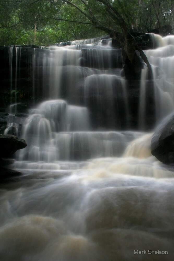 Somersby Falls 8 by Mark Snelson