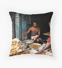 Tiffin time Throw Pillow