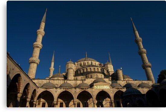 Sultan Ahmet Mosque in Istanbul by Jens Helmstedt