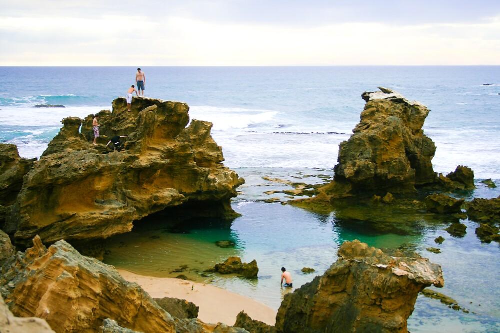 beach rocks by TimmyF
