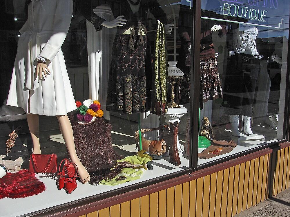 Boutique en Castro by Richard Morton