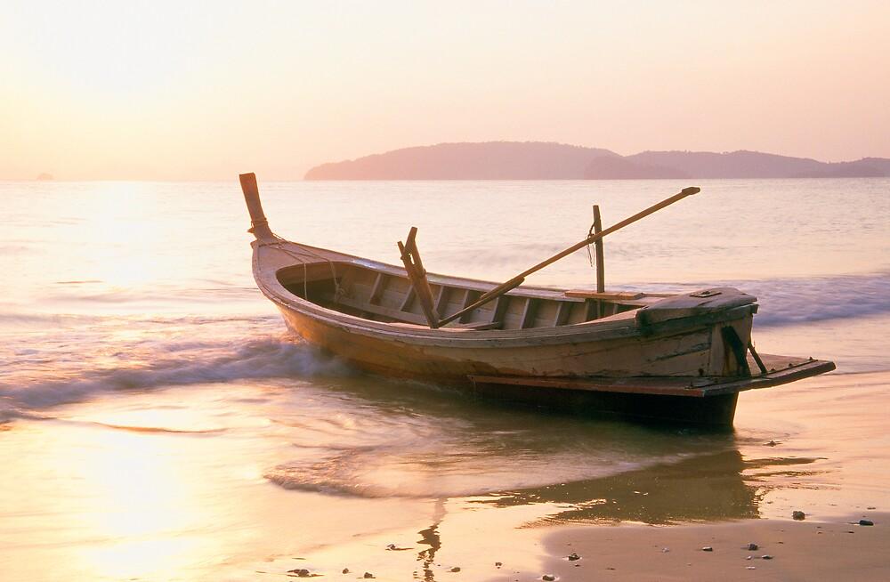 Krabi longboat by Anthony Begovic