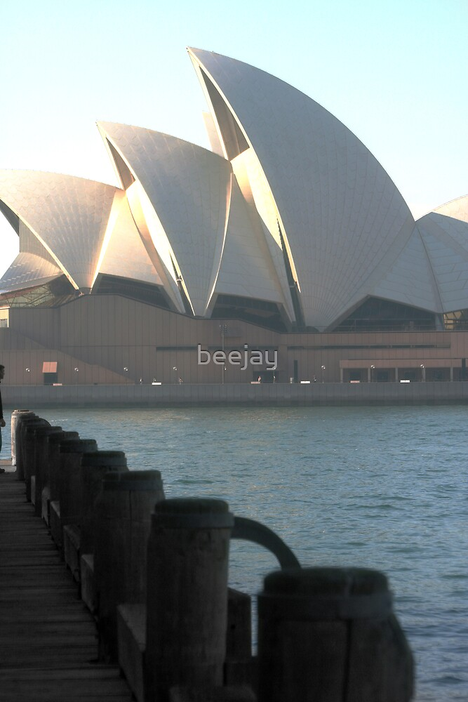 Opera House by beejay