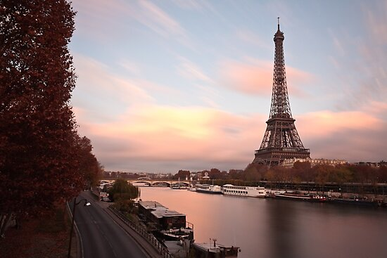 Eiffel Tower - Paris by Julien Tordjman