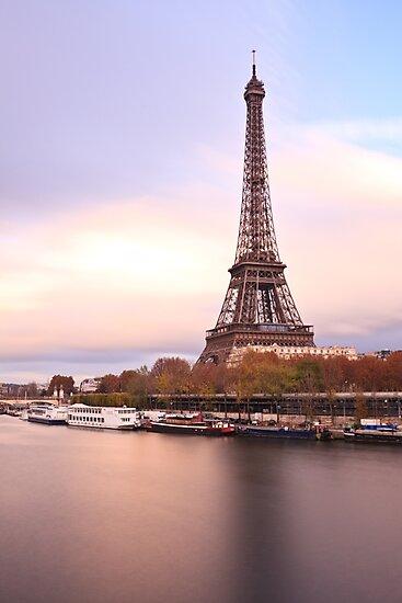 Eiffel Tower by Julien Tordjman