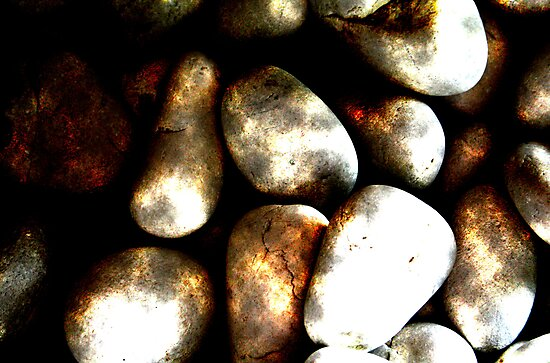 pebbles by Gill Duncan