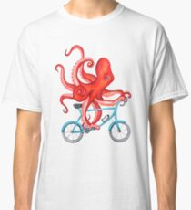 Cycling octopus Classic T-Shirt