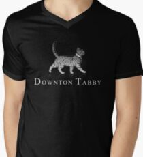 Downton Tabby Men's V-Neck T-Shirt