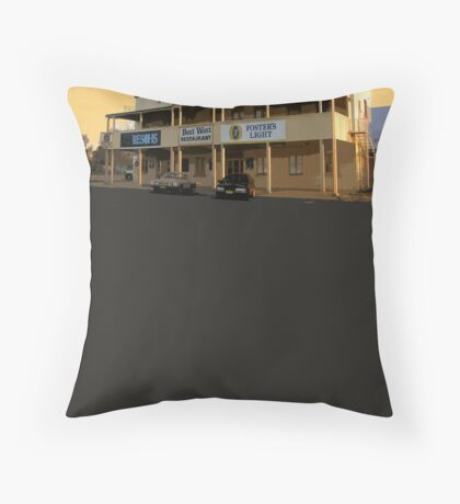 Yeoval, NSW Throw Pillow