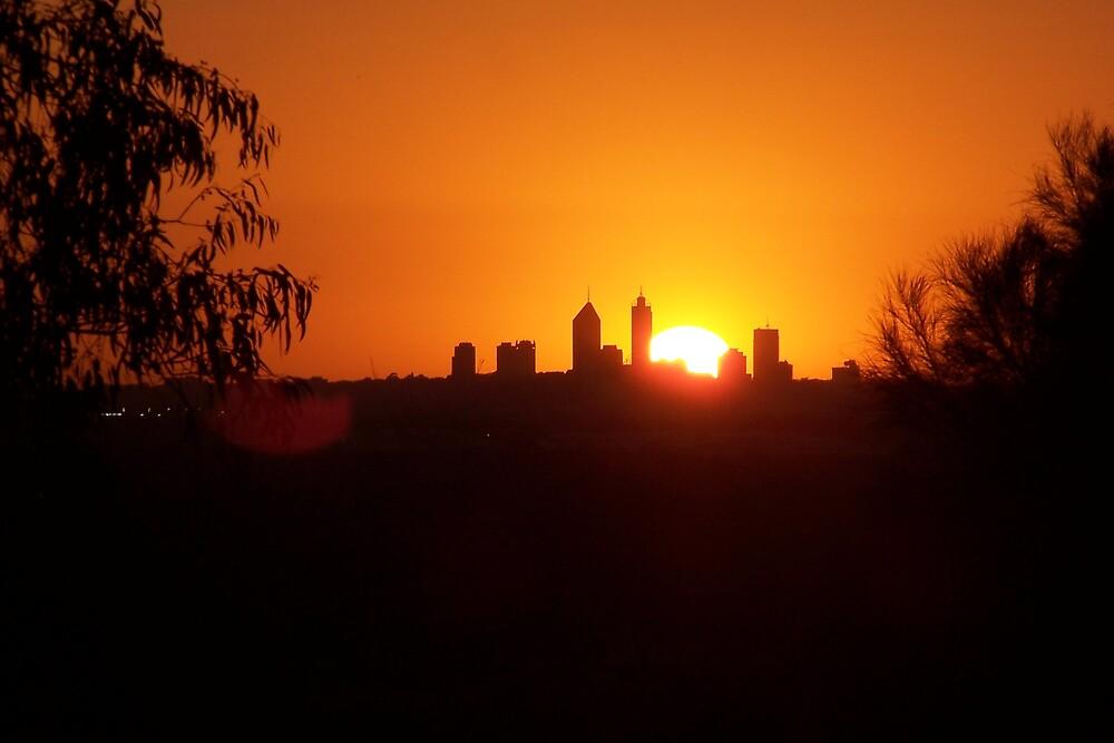 Perth City, Sun-set by Nikita
