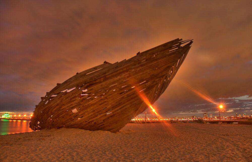 St Kilda Beach by burntfilm