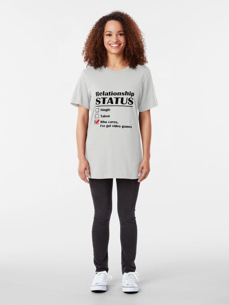 Vista alternativa de Camiseta ajustada Juegos de Video de Estado de Relación
