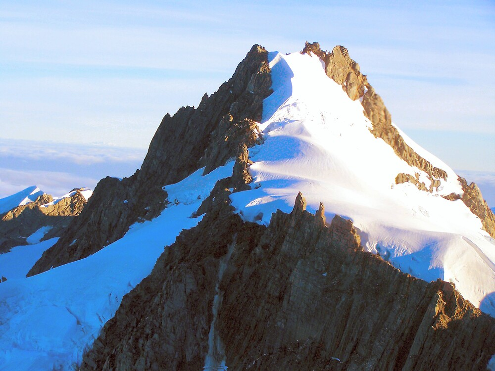 Snowy Peak by Alan Lazarus
