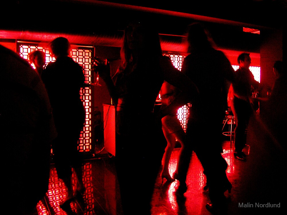 Night club life by Malin Nordlund