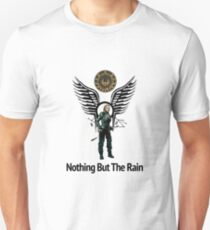 Battlestar Galactica - Starbuck - Bring On The Rain  T-Shirt