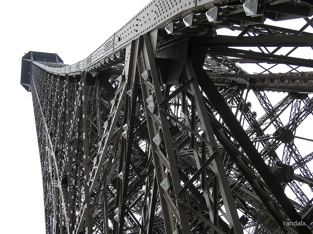 Bent Eiffel by randalx