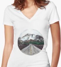 find your great adventure Women's Fitted V-Neck T-Shirt